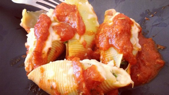 Cheese and Bacon-Stuffed Pasta Shells