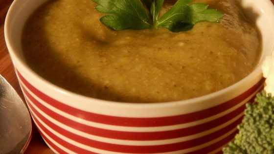 Vegetarian Broccoli and Cauliflower Soup