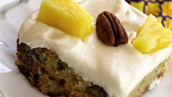 Pineapple and Pecan Cake