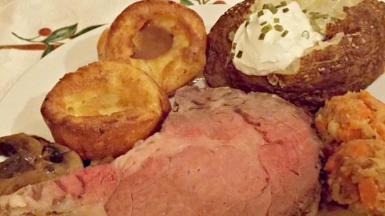 Cast-Iron Skillet Prime Rib Roast and Gravy
