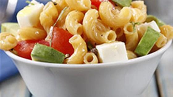 Elbows Salad with Avocado, Tomato and Mozzarella