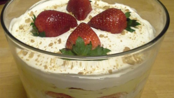 Easy Valentine's Day Trifle