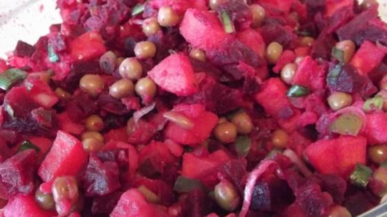 Ukrainian Salat Vinaigrette (Beet Salad)