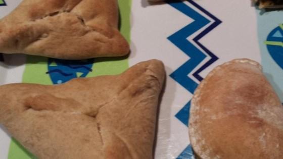 Jiddo's Fatayer Sabanegh (Spinach Triangles)