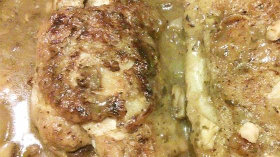 Turkey Thighs in Brown Sauce