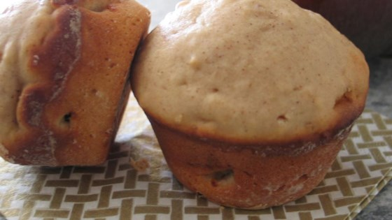 Quick and Easy Apple Muffins