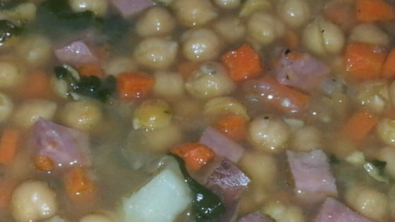 Ham and Chickpea Slow Cooker Soup