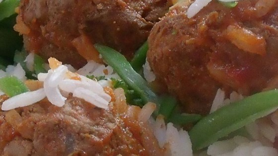 Slow Cooker Porcupine Meatballs With Peppers