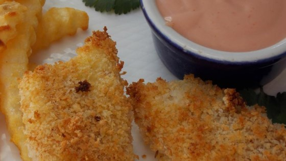 Parmesan fish sticks with malt vinegar dipping sauce for Sauce for fish sticks