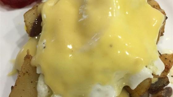 Creamy Hollandaise Sauce