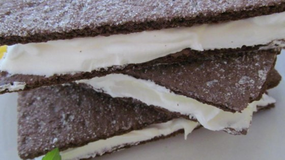 Frozen Chocolate Graham 'Ice Cream' Sandwiches