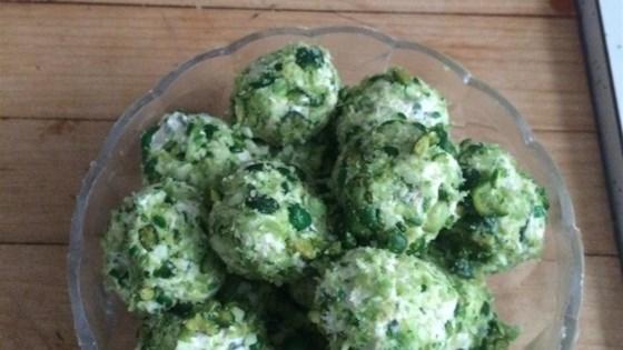 Crunchy Wasabi Cheese Balls