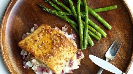Hazelnut Crusted Halibut with Garlic Mashed Potatoes Recipe ...