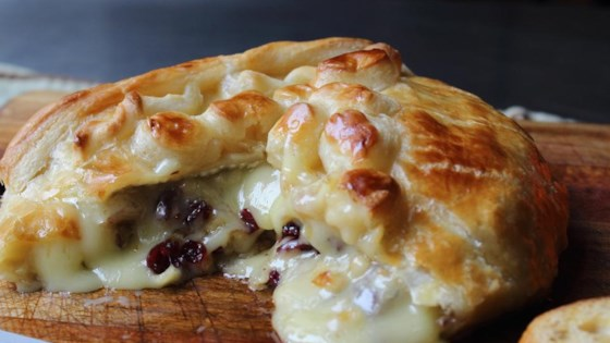 Baked Stuffed Brie With Cranberries Amp Walnuts Recipe