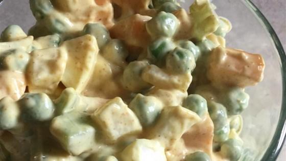 Yvonne's Pea Salad