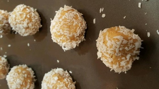 Peanut Butter Honey Balls