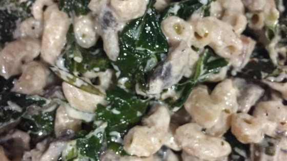Delicious Creamed Kale With Mushrooms