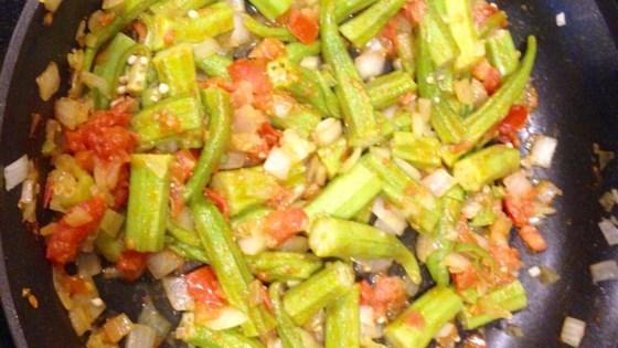 Bhindi Masala (Spicy Okra Curry)