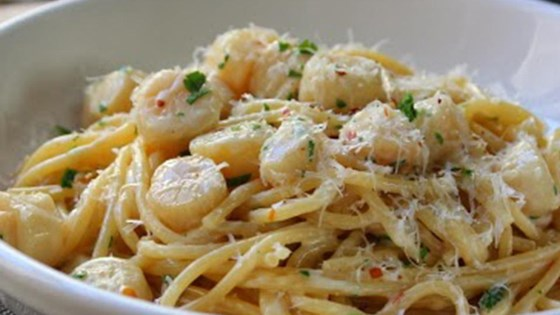 Creamy Bay Scallop Spaghetti Recipe Allrecipes Com