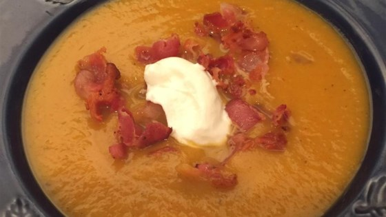 Roasted Butternut Squash Soup with Apples and Bacon