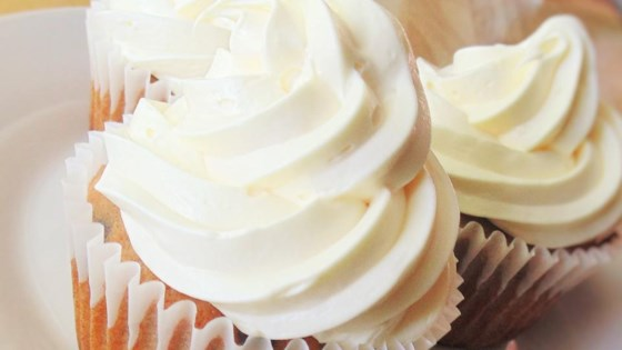 Banana Chocolate Chip Cupcakes with Cream Cheese Frosting ...