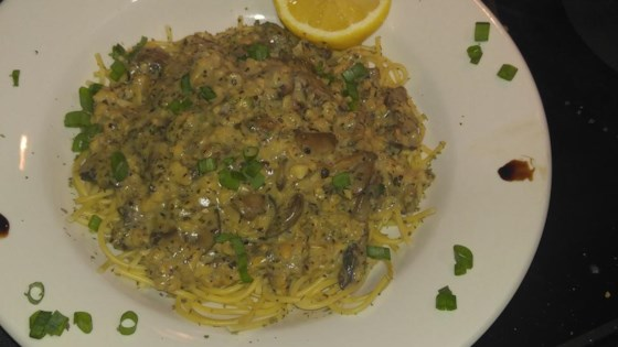 Linguine with Clam Sauce and Baby Portobello Mushrooms