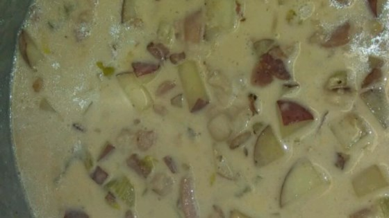 New England Razor Clam Chowder