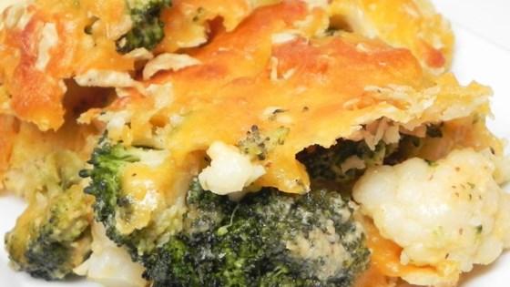 Cheesy Cauliflower and Broccoli Gratin