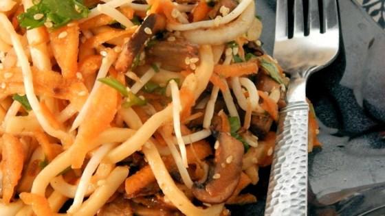Easy Spicy Udon Cold Salad