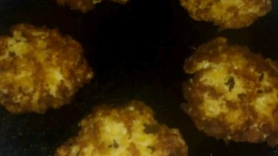 Aunt Ruth's Crab Cakes