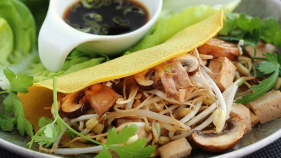 Banh Xeo (Vietnamese Crepes) Recipe