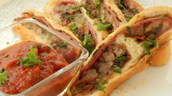 May 26, · This homemade Italian sausage-stuffed bread is worth the effort. This recipe makes two loaves; one to snack on when it comes out of the oven and one for guests! Briolata is great for breakfast, lunch or a late night snack with a glass of wine.5/5(4).