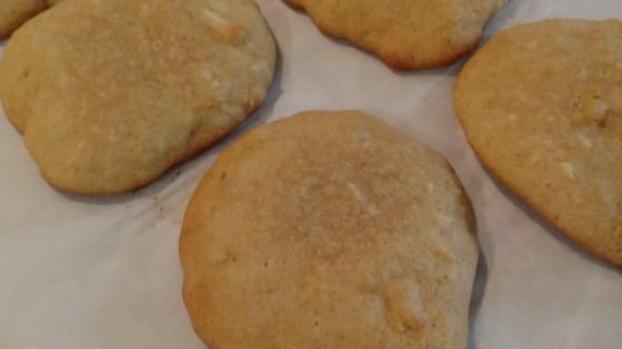 Hawaiian Nut Cookies