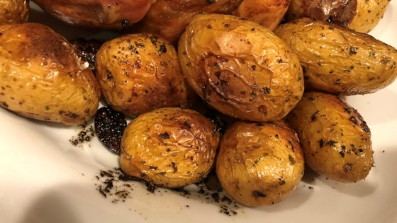 Instant Pot® Garlic Roasted Potatoes Recipe