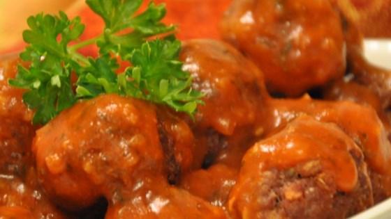 Tangy Horseradish Tomato Sauce For Meatballs