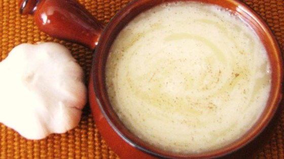 Thick-Style Lebanese Garlic Sauce