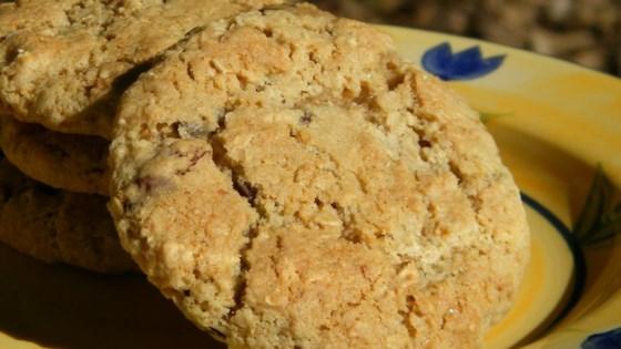 Granola-Raisin Cookies