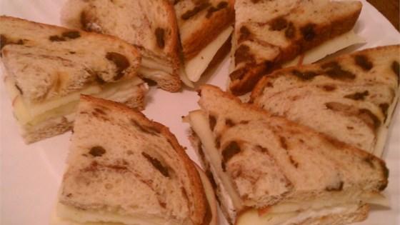 Cinnamon Apple and Havarti Tea Sandwiches