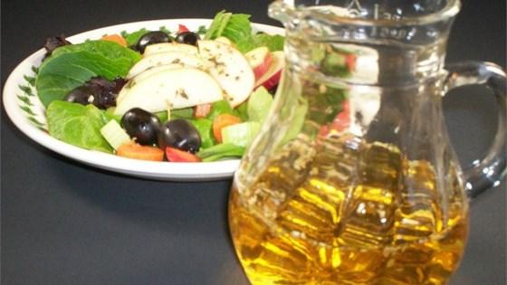 Oil-Free Apple Herb Salad Dressing