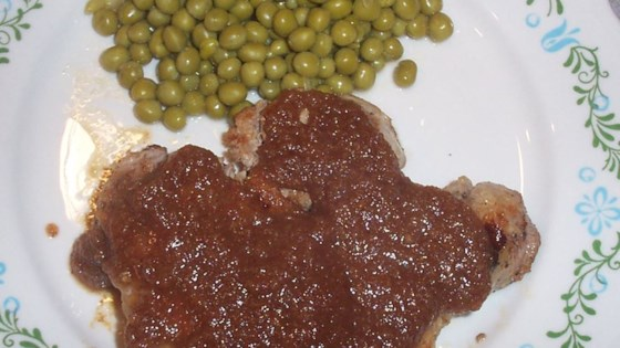 Pork Chops with Pear Sauce