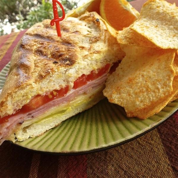 Classic Cuban Sandwich (Medianoche)