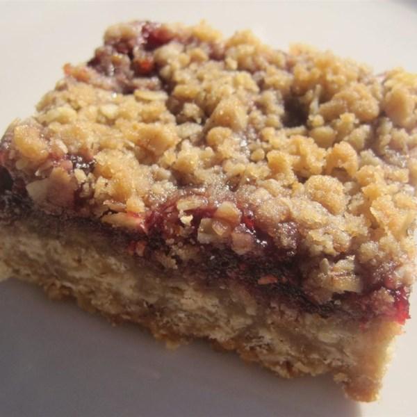 Delicious Raspberry Oatmeal Cookie Bars Photos - Allrecipes.com