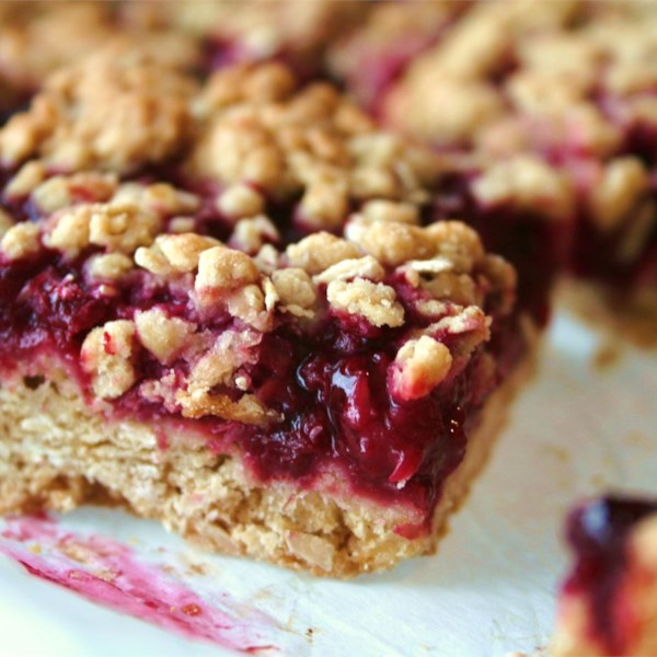 Delicious Raspberry Oatmeal Cookie Bars Photos ...