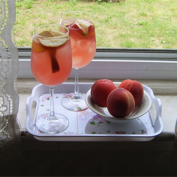 White Peach Sangria