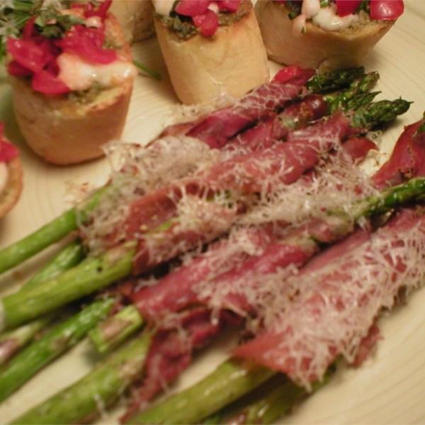 Asparagus Wrapped in Crisp Prosciutto Photos - Allrecipes.com
