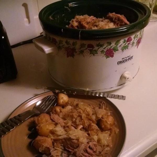 how to cook pork and sauerkraut