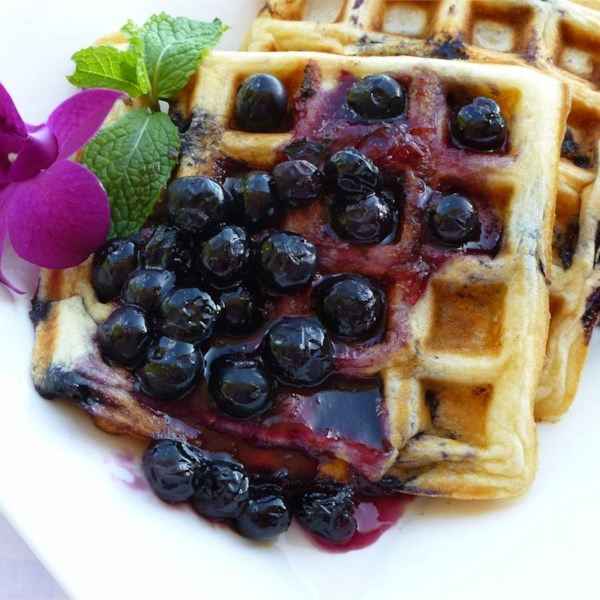 how to make a blueberry sauce for waffles