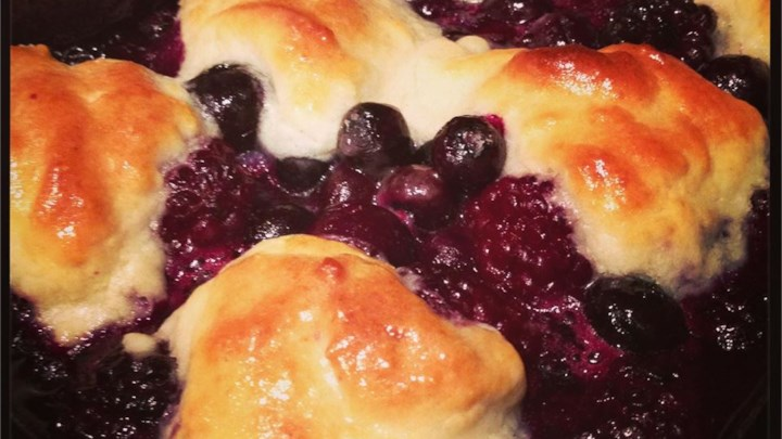 Pop's Blackberry Cobbler