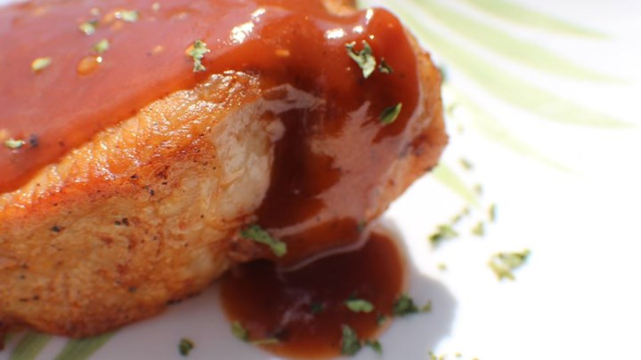 Sweet Simmered Pork Chops
