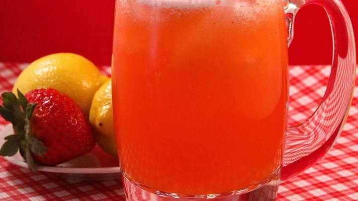All Natural Strawberry Lemonade